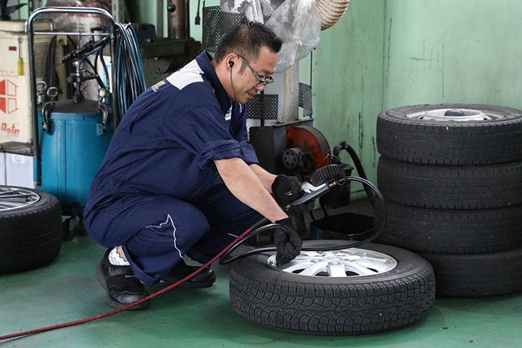 樋川自動車 整備部 部長(検査員・損害保険資格)
